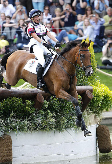 12 31 D0588 Mary King Gb Imperial Cavalier Ish Eventing